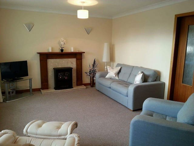Spacious Bungalow near St Andrews, ideal for golf. - Cupar - Bungalow