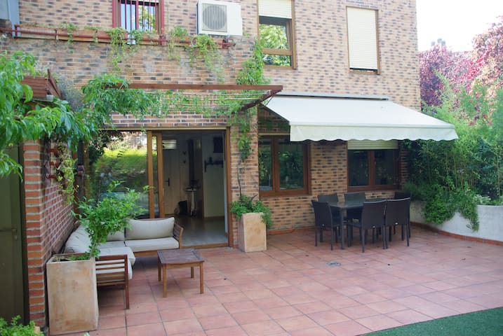 Townhouse Pozuelo. Ideal for families long periods
