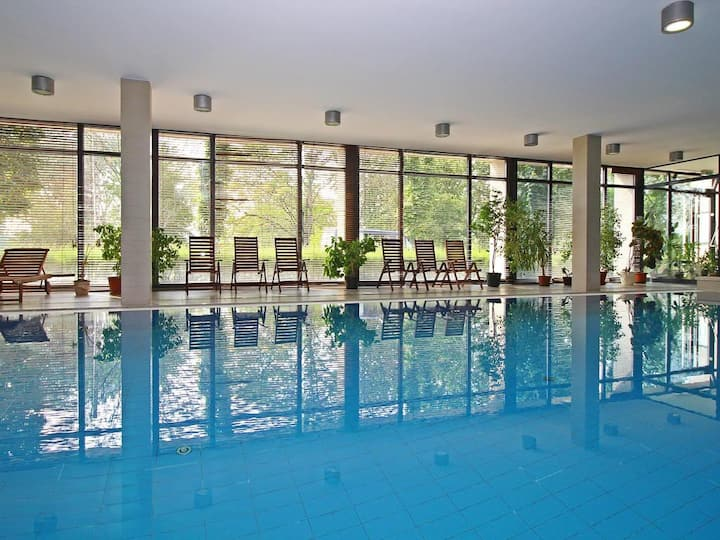 Perfect Wellness Apartment with free pool & gym