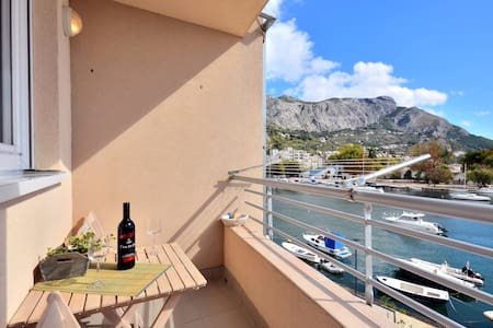 River view apartment in Omis - Omiš