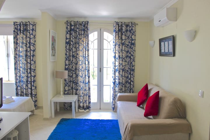 Molly White Apartment, Vilamoura