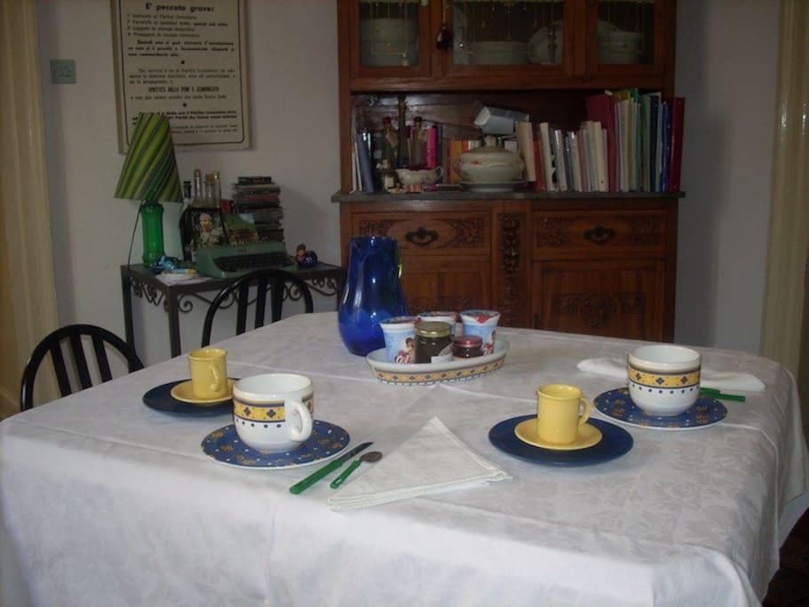 La sala da pranzo, dove viene servita la colazione