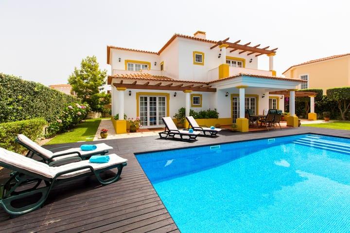 Villa do Jardim, Praia del Rey