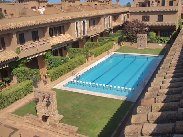 VELLA PEDRA, WITH SHARED POOL
