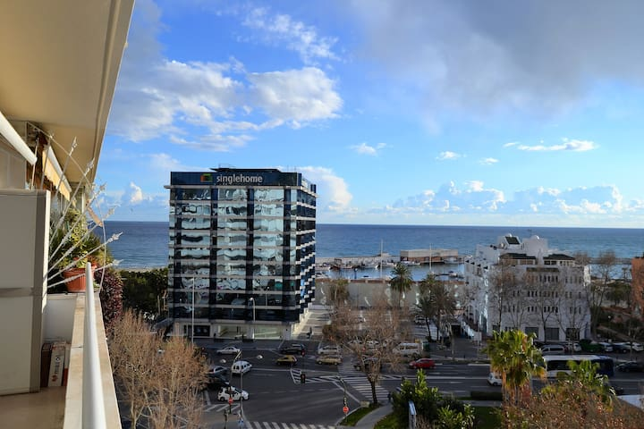 Marbella center, next to the beach and seaview
