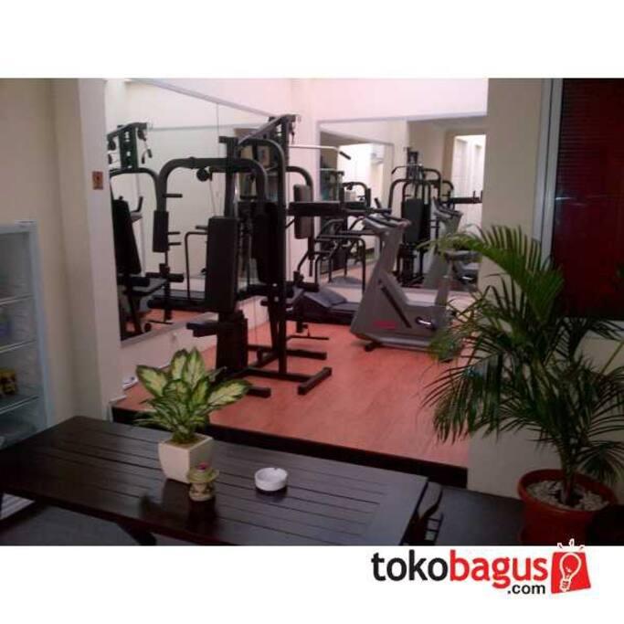 fasilitas umum : fitness room
