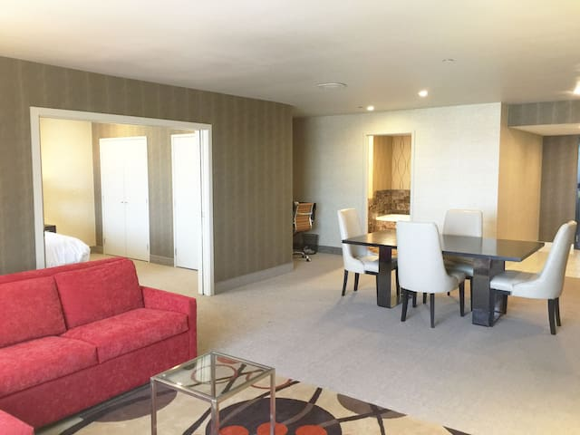 1 Bedroom Condo/Hotel Suite in Grand Sierra Resort - Reno - Kondominium