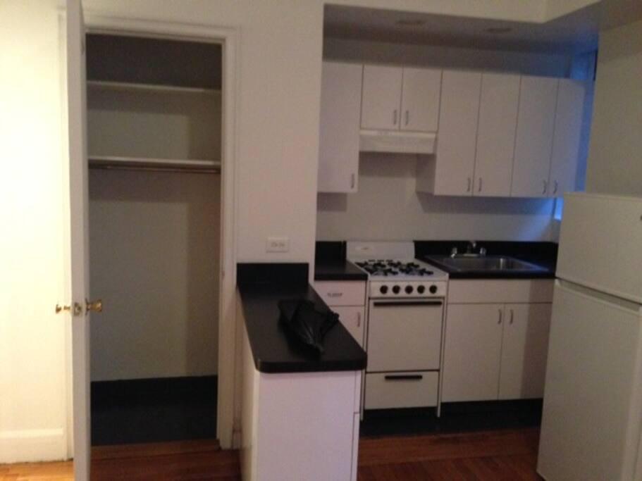 All Standard kitchen utilities