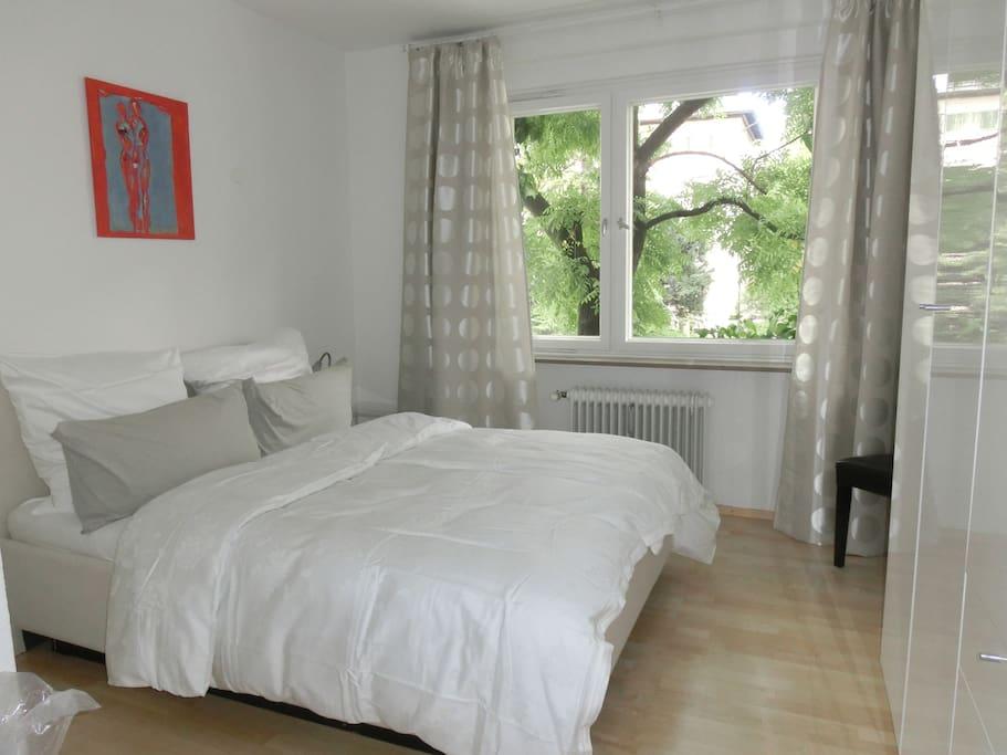 Doppelschlafzimmer mit hochwertiger Matratze