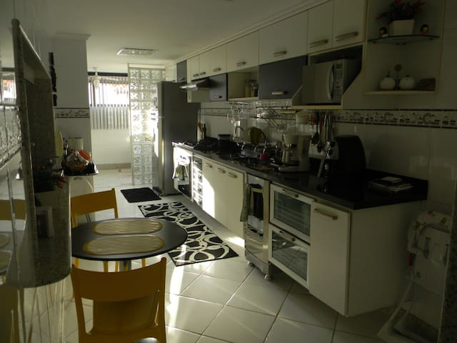 Cozinha TOTALMENTE EQUIPADA /Amazing Kitchen