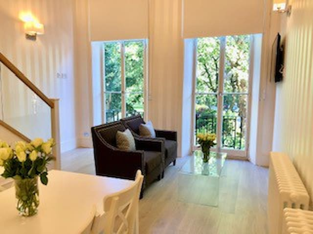 Spectacular flat in Earls Court 5 mins from tube