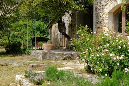 Eco-friendly Holiday South West France.