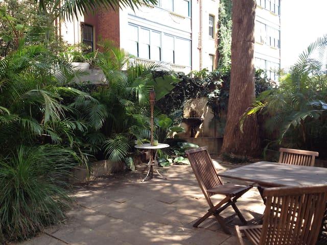 Urban oasis - 3 bedroom townhouse - Darlinghurst