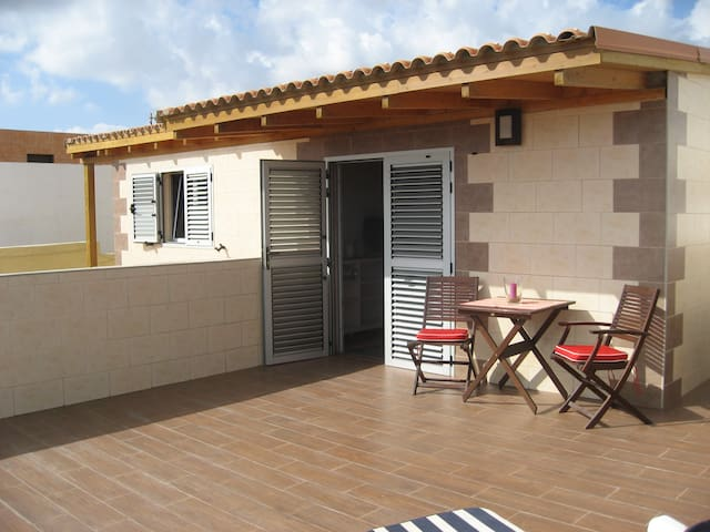 Apartment hostel style with terrace - La Garita - Pis