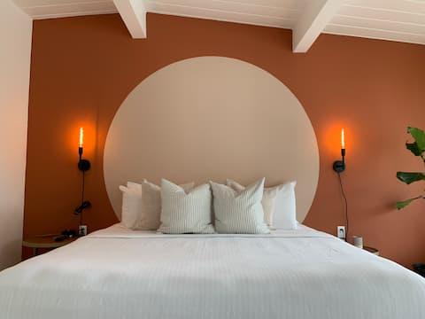 Deluxe King Room @ The Laguna Beach Lodge