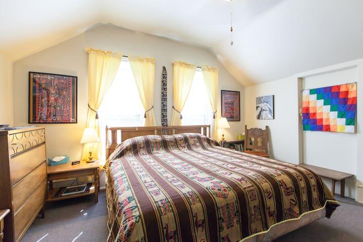Alexandra's Uptown King Bed Room plus - Denver - Bed & Breakfast