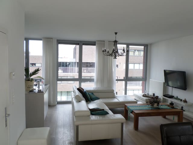 Luxery Appartment Berchem Antwerp - Anvers - Daire