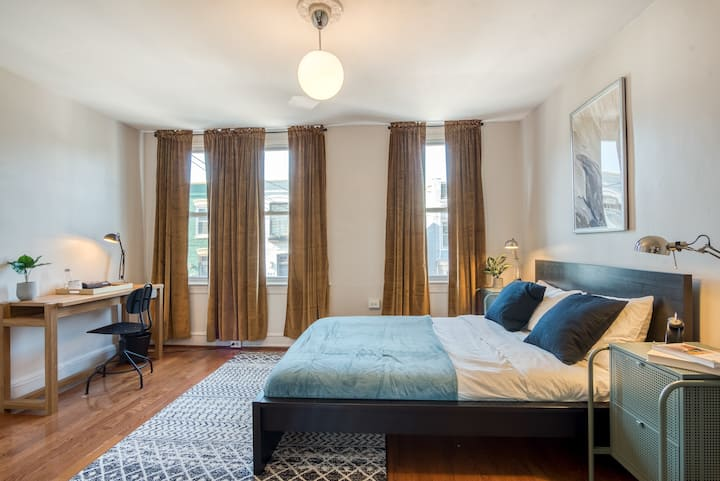 Spacious Shaw Home For Flexible Term Rent