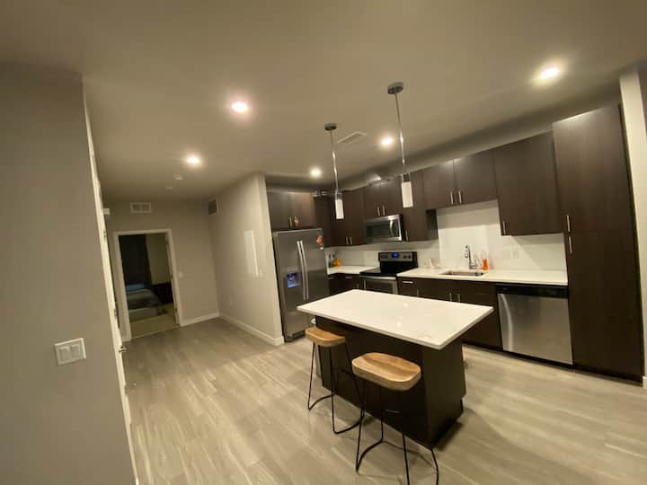 Full apartment 2 bd/2ba