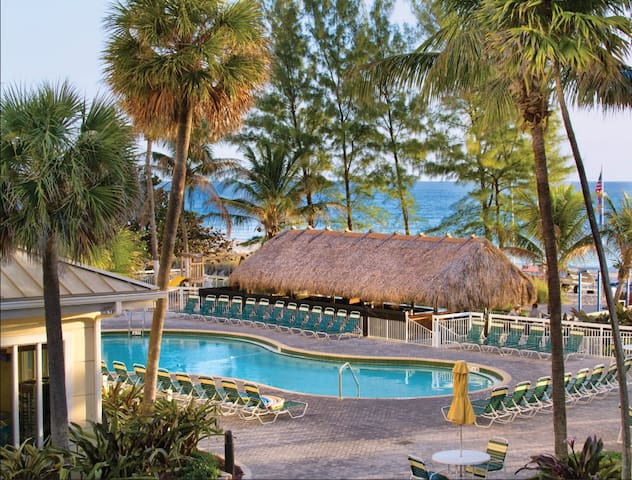 2Bd, Ocean Sun & Fun Escape!