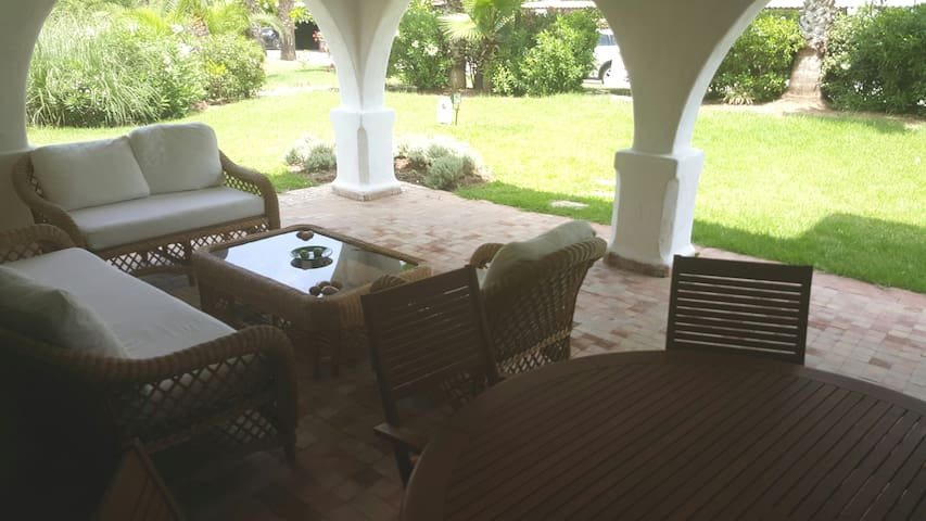 Appartement rez de jardin au Golf Beach Cabo Negro - M'diq - Condominium