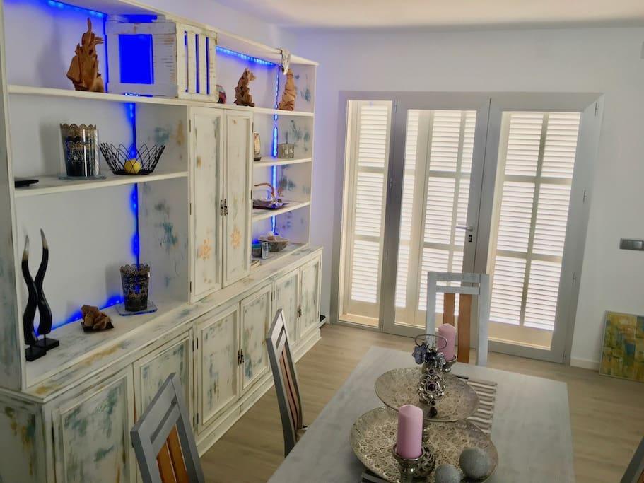 Wohn-Esszimmer / living-dining-room