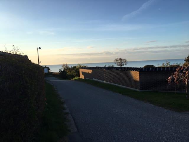 Strand villa 25 min syd for København
