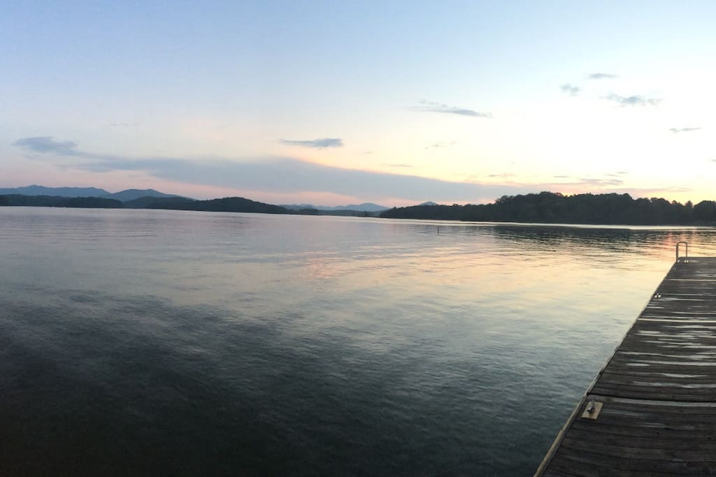 Lake Chatuge is close-by with great public fishing and boating docks and is surrounded by the Blue Ridge mountains.