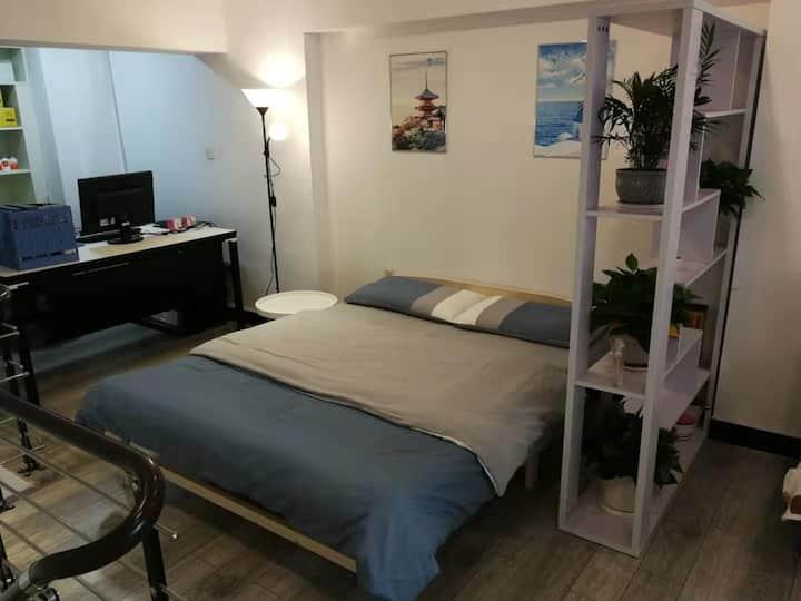 观山湖区滨湖俊园安居公寓,LOFT商务型公寓,复式结构。