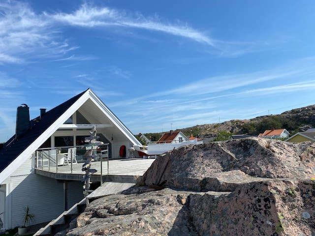 Lysekil /skalhamn rymlig lägenhet nära havet