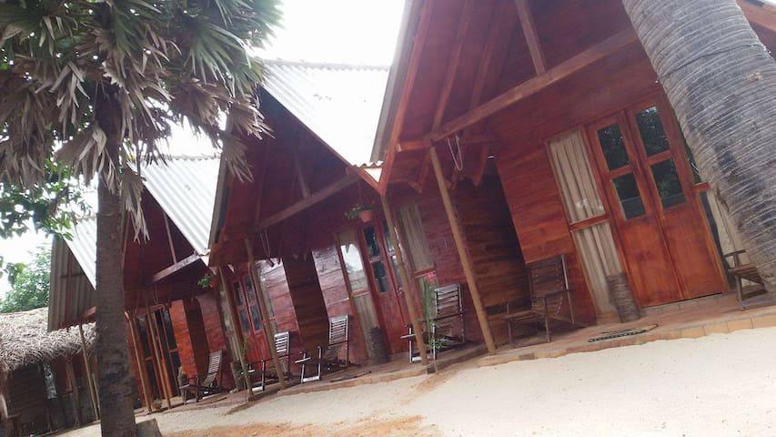 Silaa Cabana - Trincomalee - Cabane