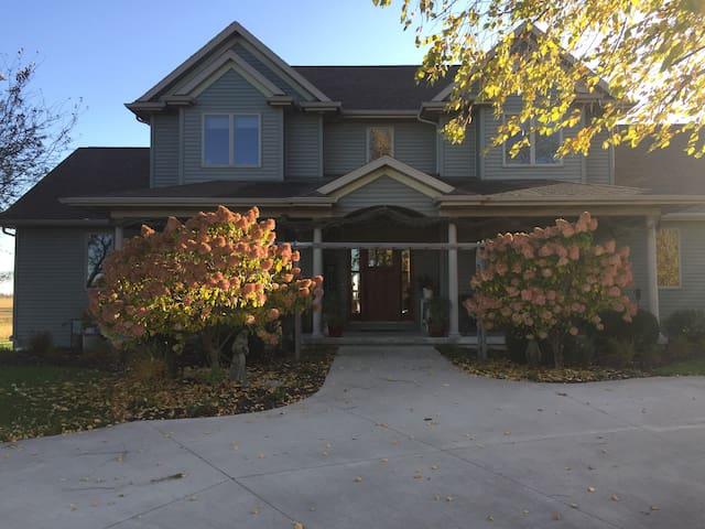 Custom Built Country Home Close to Lambeau Field