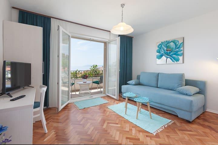 Apartment Sisarić Podgora A4