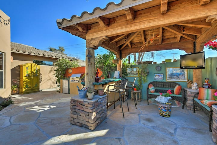 Round up a group of 6 for a rejuvenating stay at this 3-bed, 2-bath abode.