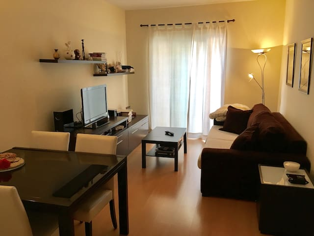 Central flat just 5 min away from the beach