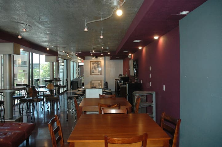 Downtown Event Center/ Lounge / Cafe'