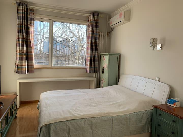 近团结湖地铁、三里屯、朝阳公园独立一室一厅