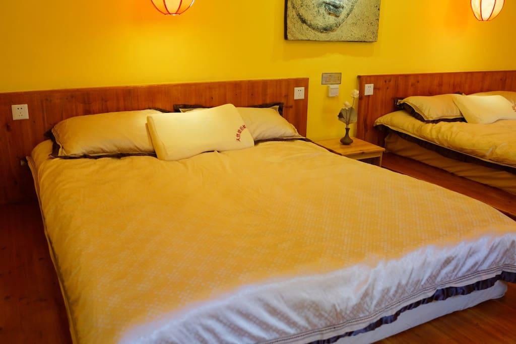 宽敞舒适的两张1.5,米大床