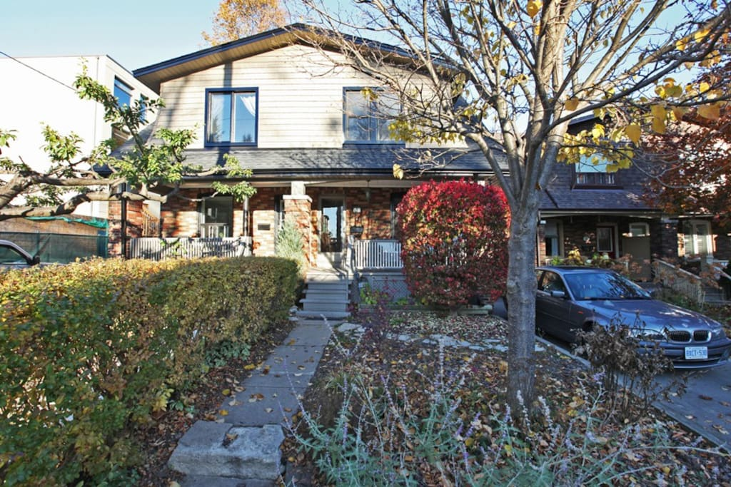 Upper/Beaches Home on a quiet family friendly street.