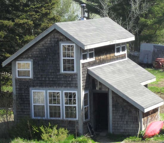 Salt Water Organic Farm Cottage - Gouldsboro - Dom