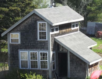 Salt Water Organic Farm Cottage - Gouldsboro - Casa