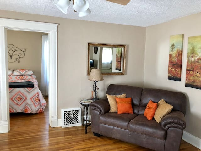 5 Blocks from Mayo, Furnished Home Away from Home