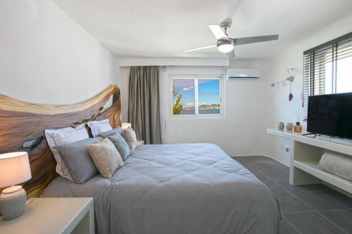 BLUE LAGOON Standard room 1