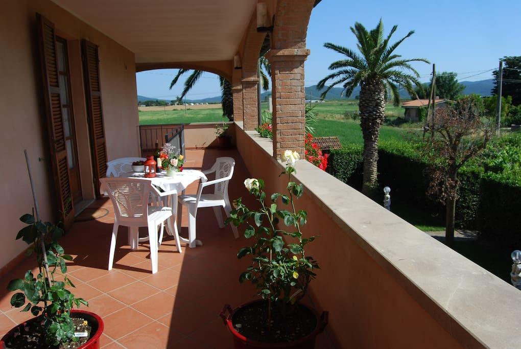 Seconda parte della terrazza a esclusivo uso degli ospiti