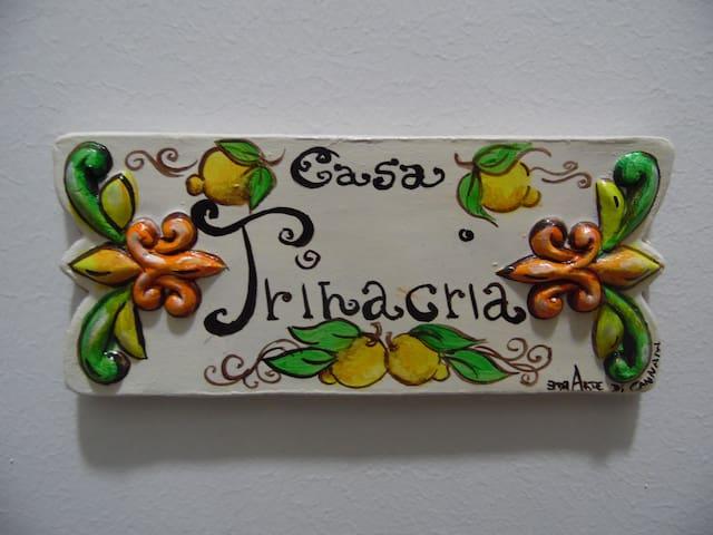 Casa Trinacria
