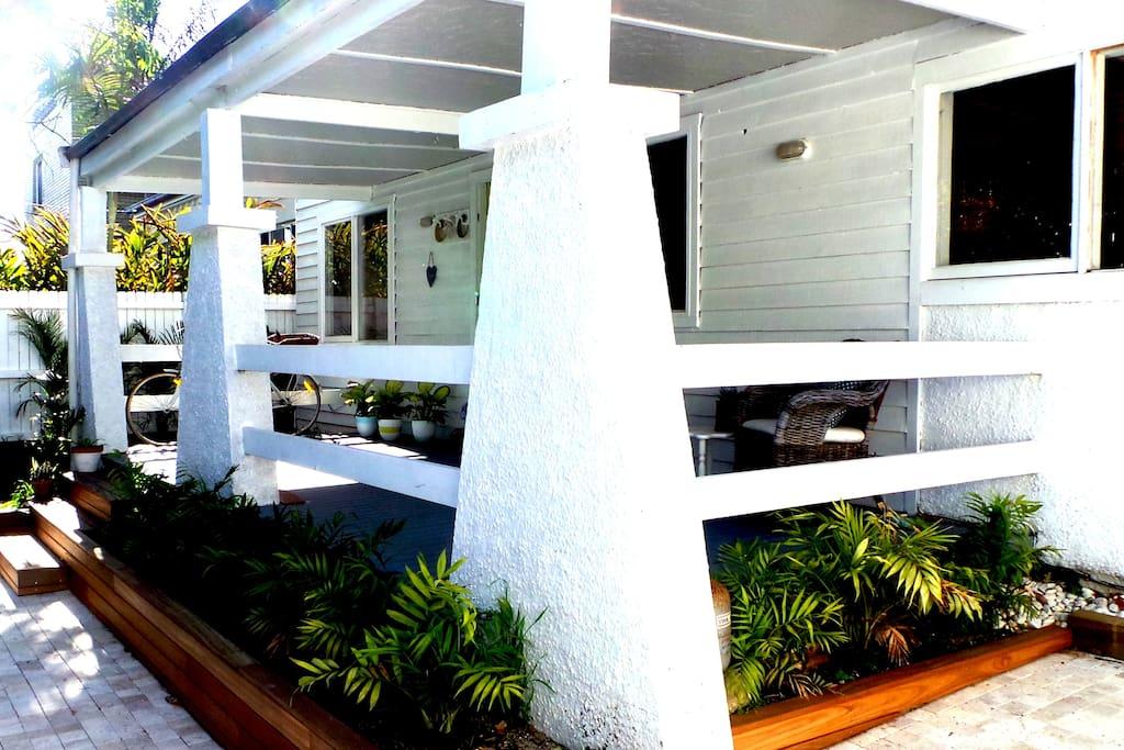 Veranda for enjoying morning tea, or evening sundowners, cool and shady.