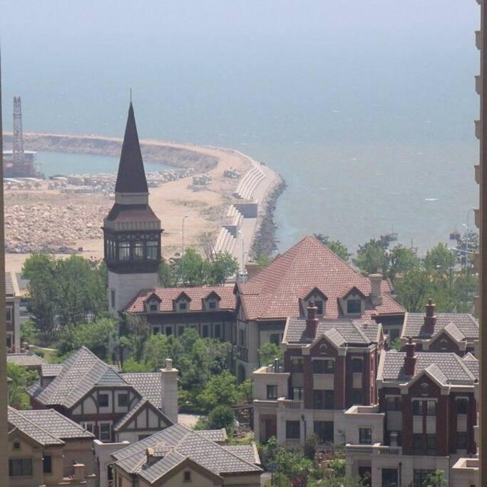 海景房面朝大海,春暖花开,这是从阳台看到的风景哦!