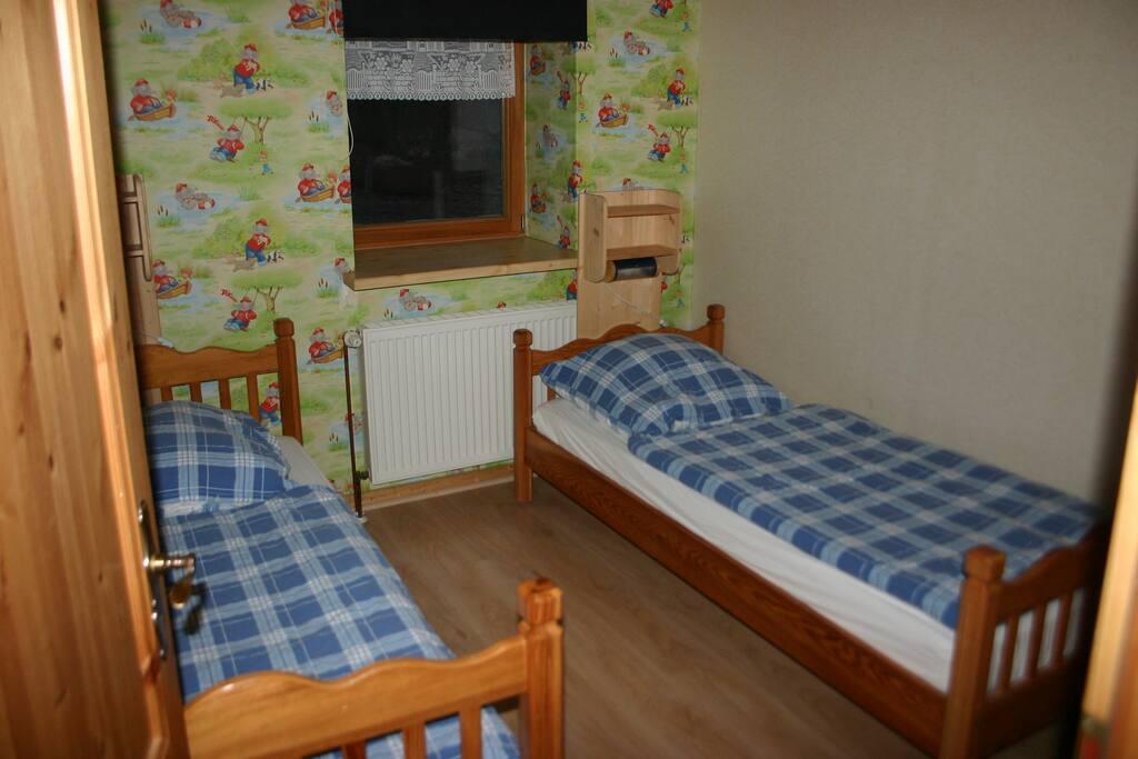 Schlafraum mit getrennten Betten