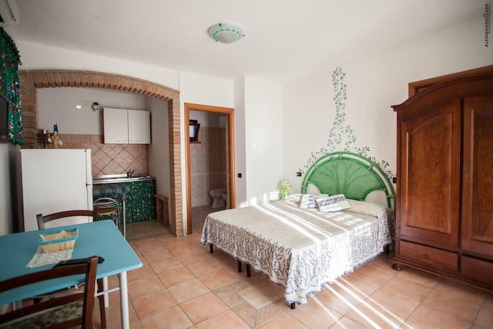 Bilocale interno/ Two-room flat inside view