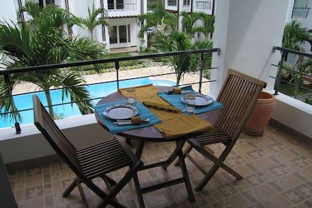 Apartment Set Opposite Indian Ocean - Apartment